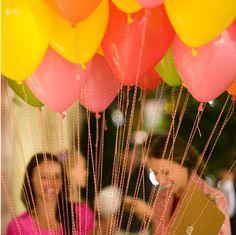 bakers twine + balloons.