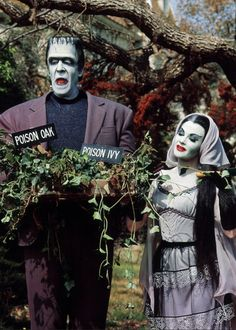 Gardening with Herman & Lily — Fred Gwynne & Yvonne De Carlo in The Munsters (1964-66, CBS)