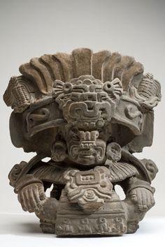 Urna dios Cocijo   Cultura zapoteca   400-800 d.C.    Arcilla   33.5 x 29.5 x 19 cm.    Colección CONACULTA-INAH-MEX   Ubicación: Sala 1, Museo de Historia Mexicana