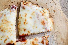 cauliflow crust, crust pizza, pizzas, cauliflower pizza, cauliflow pizza, pizza recipes, gluten free, crusts, meal