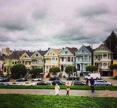 The famous Painted Lady houses near Alamo Square Park in San Francisco, California. alamo squar, squar park