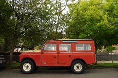 1965-Land-Rover-Series-IIA-Station-Wagon-3.jpg 1,300×866 pixels