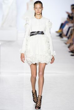 Giambattista-Valli 2013 white flowers