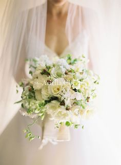 floral design by ariella chezar  photo by jose villa