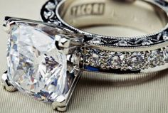 Tacori's most-requested ring! (special variation of style no. HT2530A)