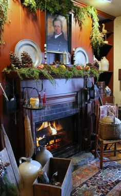 ah, that warm feeling in a prim colonial at Christmas