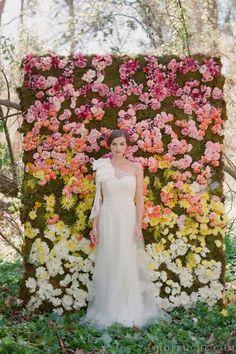 ceremony backdrop, bridal photos, crazy photos, wedding flowers, paper flowers