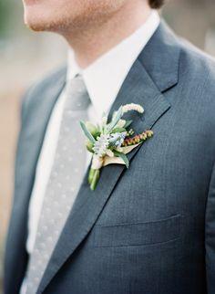 groomsmen, wedding boutonniere, grey suits, photography blogs, grey weddings, wedding flowers, flower ideas, blue weddings, groom attire
