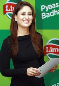 Say Cheese :D #KareenaKapoor #Bollywood
