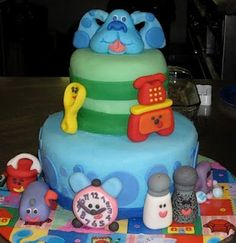 Blues clues birthday cake I am 17 years of age and I still want this birthday cake because it is possible the best show ever