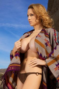 Awesomeness to the max. Jordan Carver looking very sexy in this wrap. See more here => http://thejordancarverblog.blogspot.com
