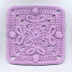 """Day 3: 6"""" Block of the Day - Buttons & Bows Motif by Dot Drake from Talking Crochet Free Pattern"""