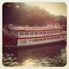 Spend an evening on the St. Croix River on a paddle boat river cruise to enjoy fall colors #OnlyinMN