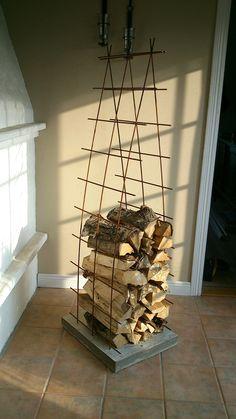 hout voor de kachel mooi gestapeld