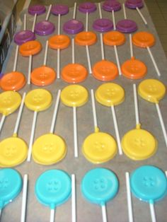 button lollipops