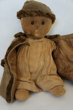 Adorable antique rag doll with shoe button eye 2 of 6