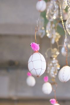 Easter Party Chandelier #Easter #DIY