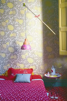 love the combination of pattern and colour here! #wallpaper #textiles #interiors #colour