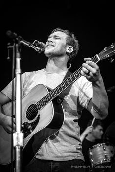 Phillip Phillips  #m