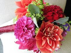 Zinnia bouquet with other flowers.