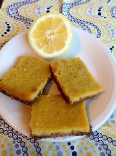 Paleo lemon bars. Paleo dessert. Super easy and tastes just like the real deal without all the garbage in them!