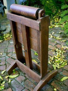Primitive quilt rack