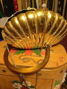 Vintage CARLA MARCHI Jewled Hard Clutch or Purse Gold Shell _  US $10.00