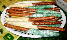 JD colored pretzels