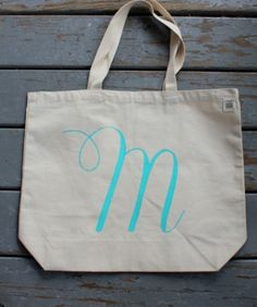 diy monogram, diy fashion, craft idea, holiday gifts, monogram tote, tote bags, summer craft