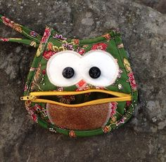 Hoot Owl Change Purse Green and Tan on Etsy, $7.50