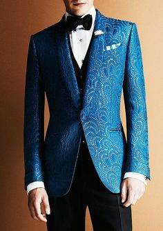 Jacquard smoking jacket.