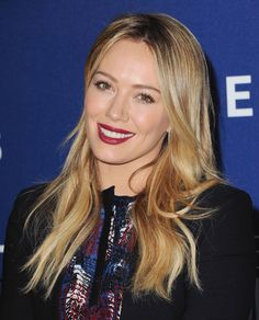 Pretty lipstick, Hilary Duff!