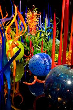 DALE CHIHULY  MILLE FIORI (DETAIL)  JUNE 14 - SEPTEMBER 28, 2008  DE YOUNG MUSEUM  SAN FRANCISCO, CALIFORNIA