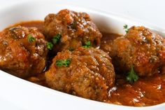 I made these WWPP friendly meatballs.  I used 2 lb of ground beef instead of the one and just made more.  My family of picky eaters all gave this recipe a thumbs up.
