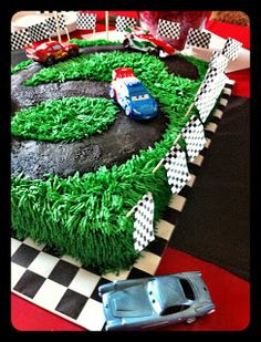 3 Little Things...: Cars Cake Tutorial