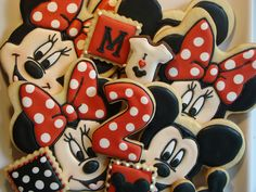 Mini Mouse Cookies. Adorable!!