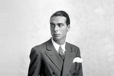 Cristobal Balenciaga dans les années 50 #mode #homme #couturier #costume #chic #annees50 #mens #fashion #designer #suit #50s