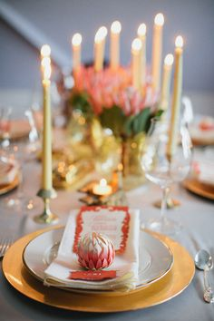 wedding table pink gold