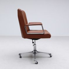 Desk Chair by Osvaldo Borsani for TECNO 1950