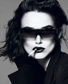 keiraknightley, fashion, keira knightley, sunglass, star, dark lips, magazin, black, smoke