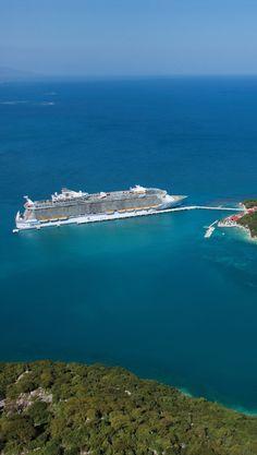 Oasis of the Seas docks in Labadee.