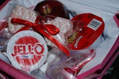 This post has ideas of how to pack a simple valentines day lunch, make a Valentines Day teachers gift, and valentines day games to play. Note to self: could any of these games work for PJ night?