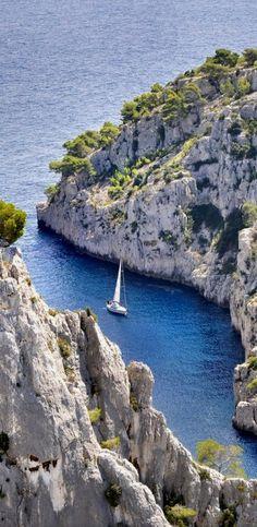 Blue Inlet.. Marseille, France