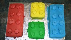 Fantastic directions for how to make Lego cakes