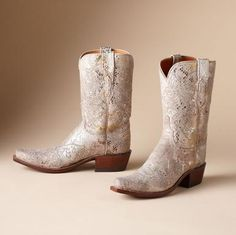 ODESSA BOOTS BY LUCCHESE