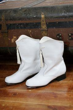 Vintage majorette boots