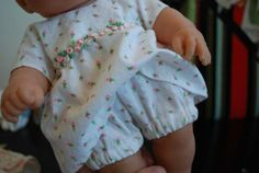 """The Blueberry Moon: More Outfits for """"Nakey Baby"""" Part 1  Doll clothes tutorials for a 15"""" doll- bodice and shorts/pants"""