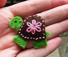 Turtle felt hair clip