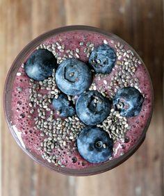 Wild Blueberry Banana Spinach Power Smoothie Recipe - RecipeChart.com