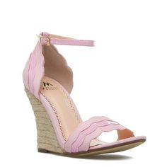 pink scalloped wedges